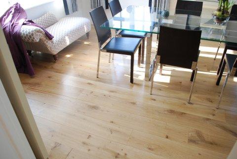 wooden floor restorer essex